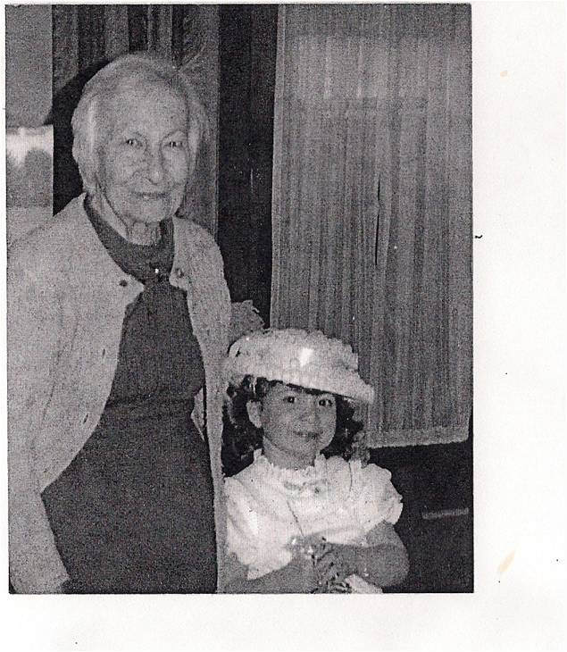 Mary Mater and her great granddaughter, Rebeka Korinch-Skoniechzny